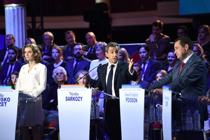 Nathalie Kosciusko-Morizet, Nicolas Sarkozy et Jean-Frédéric Poisson, le 3 novembre 2016 à Paris, lors du deuxième débat de la primaire à droite. (ERIC FEFERBERG / AFP)