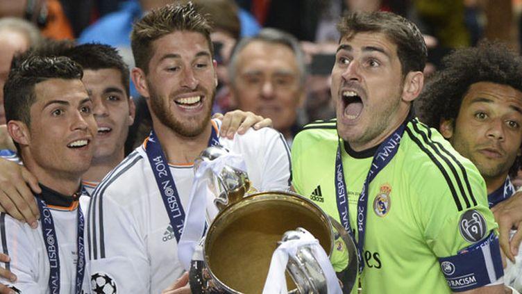 "Le trio des mécontents du Real Madrid, Ronaldo, Ramos, Casillas soulevant la ""Decima"" du club en 2014"