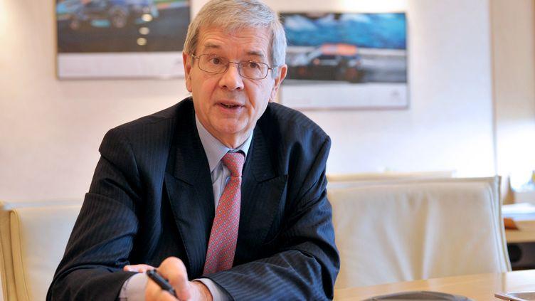 Le PDG de PSA Peugeot Citroën, Philippe Varin, le 2 mai 2013 à Paris. (ERIC PIERMONT / AFP)