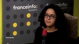 Manon Aubry, porte-parole et responsable de plaidoyer justice fiscale et inégalités au sein d'Oxfam France, le 5 décembre 2017. (FRANCEINFO)