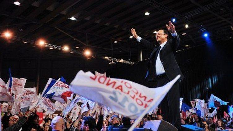 A Lille, François Hollande a affiché l'union de la gauche. (PHILIPPE HUGUEN / AFP)