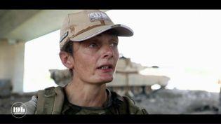 Avant de quitter la France pour l'Irak, Aude a suivi une formation de trois mois aux soins d'urgences en milieu hostile. La Française de 39 ans est sur la ligne de front avec l'armée irakienne, au contact de l'organisation Etat islamique. (FRANCE 2)