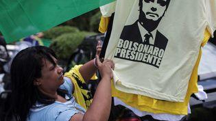 Lesélecteurs de gauche des quartiers populaires de Sao Paulo se disent maintenant prêts à voter pour Jair Bolsonaro, dimanche 28 octobre. (ANTONIO LACERDA / EFE)