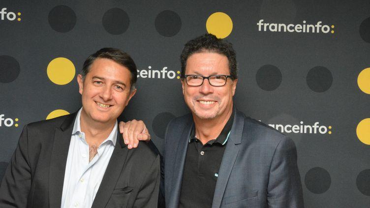 Laurent Guimier (à gauche) et Germain Dagognet (à droite), créateurs de franceinfo. (RADIO FRANCE / JEAN-CHRISTOPHE BOURDILLAT)