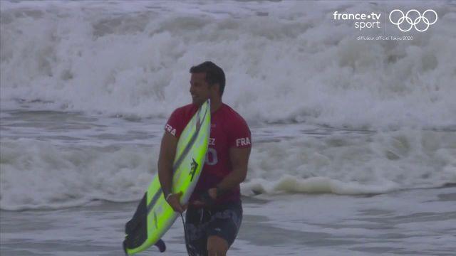 Manche parfaitement contrôlée par le surfeur français face au Marocain Ramzi Boukhiam. Le tricolore s'impose avec deux vagues notées à 12,43.
