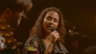 Mayra Andrade sur la scène des Nova Sessions  (DR)