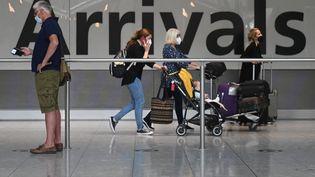 L'aéroportlondonien d'Heathrow, le 3 juin 2021. (DANIEL LEAL-OLIVAS / AFP)