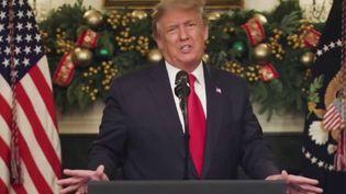 États-Unis: Donald Trump rejette le plan de relance adopté par le Congrès (FRANCE 2)