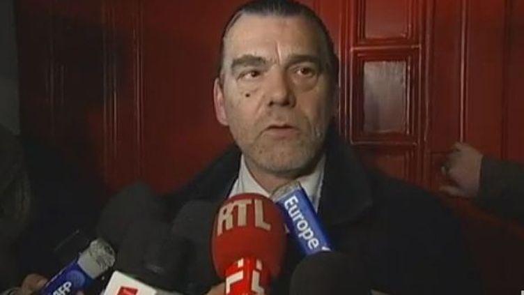 Me Frank Berton, avocat du directeur du Carlton de Lille, Francis Henrion, mercredi 9 novembre 2011 à Lille (Nord). (FTVi)