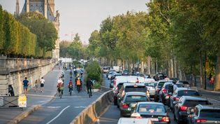 Un embouteillage à Paris, le 16 septembre 2020. (GABRIELLE C?ZARD / HANS LUCAS / AFP)
