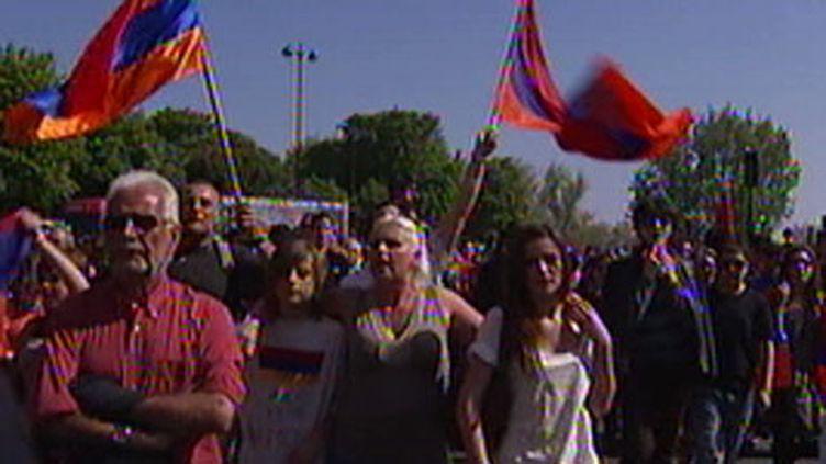 Commémoration du génocide arménien, à Paris, le 24/04/2010 (France2)