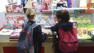 Le Salon du livre et de la presse jeunesse se tient à Montreuil (Seine-Saint-Denis) jusqu'au lundi 4 décembre. (JACQUES DEMARTHON / AFP)
