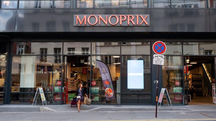 La devanture d'un magasin Monoprix, à Paris, en septembre 2019. (JULIETTE AVICE / HANS LUCAS / AFP)