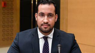 L'ancien chargé de mission de l'Elysée, Alexandre Benalla, le 19 septembre 2018, devant la commission d'enquête du Sénat, à Paris. (BERTRAND GUAY / AFP)