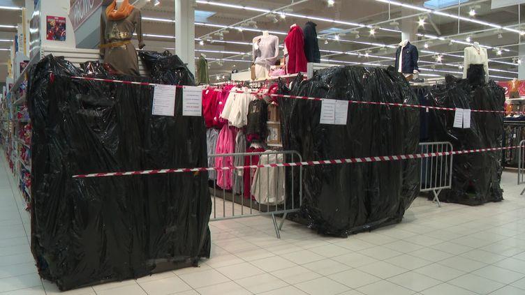 Pas toutes les magasins ne respectent la règlementation. (France 3)