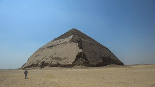Pyramide de Sneferu au sud du Caire en Egypte le 13 juillet 2019 (MOHAMED EL-SHAHED / AFP)