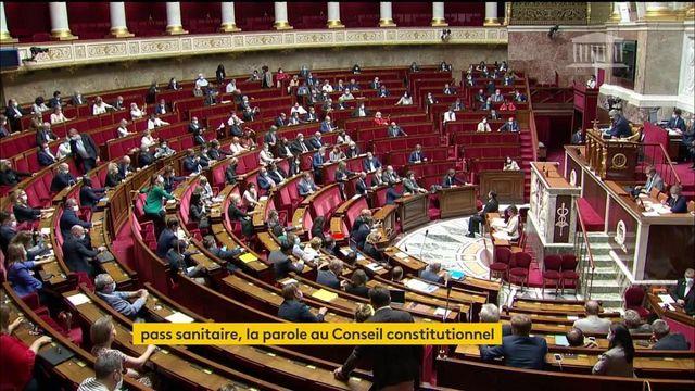 Pass sanitaire : le Conseil constitutionnel va-t-il valider son extension ?