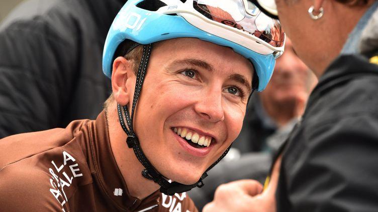Cosnefroy peut sourire avant la dernière étape. (PHILIPPE VACHER / MAXPPP)