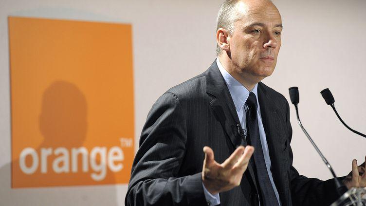 Stéphane Richard, le PDG d'Orange, sera le premier reçu par Fleur Pellerin, la ministre de l'Economie numérique. (FRANCK PENNANT / AFP)