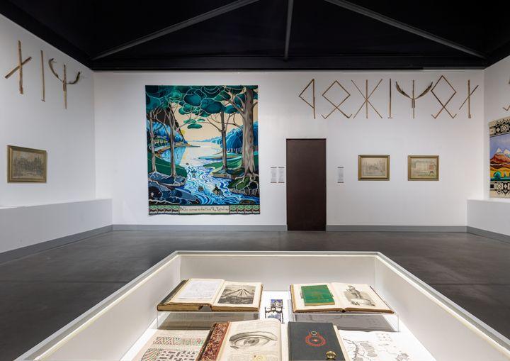 """L'exposition """"Fantasies Héroïques"""" est accessible au public du 11 juin au 3 octobre au Palais idéal du facteur Cheval. (Origins studio)"""