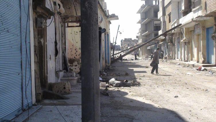 Les rues de Rasten, près de Homs, le 3 février 2012. (REUTERS)