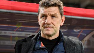 Stéphane Jobard sur le banc de Dijon face à Montpellier, le 25 janvier 2020, à Montpellier (Hérault). (PASCAL GUYOT / AFP)