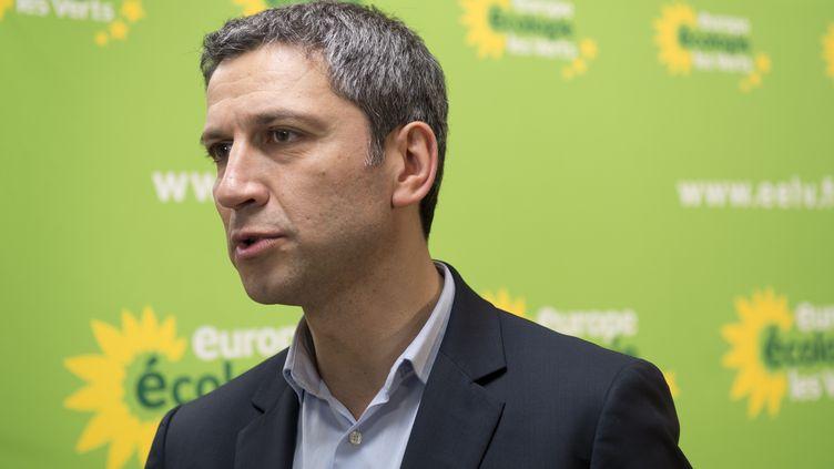 Le chef de file d'EELV à Paris, Christophe Najdovski, après le premier tour des municipales, le 23 mars 2014. (ALAIN JOCARD / AFP)