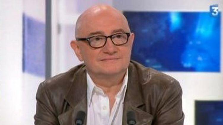 """Michel Blanc, scénariste et comédien dans """"Une petite zone de turbulences""""  (Culturebox)"""