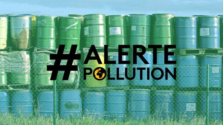 Des bidons de piles usagées abandonnés par une entreprise en liquidation judiciaire, le 26 décembre 2002 à Falaise (Calvados). (MYCHELE DANIAU / AFP / FRANCEINFO)