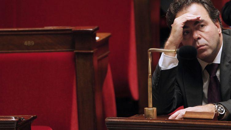 Le secrétaire général de l'UMP, Luc Chatel, le 21 décembre 2010 à l'Assemblée nationale. (JOEL SAGET / AFP)
