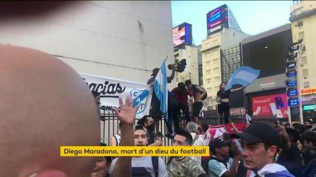 "Mort de Diego Maradona : ""Son action politique a contribué à façonner sa légende"", selon Gaspard Estrada"