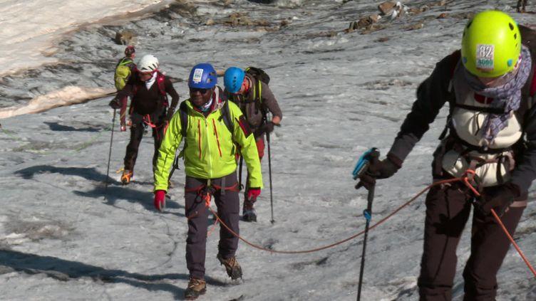 L'association 82-4000 Solidaires propose des sorties en haute-montagne pour les plus démunis (France 3 Provence-Alpes)