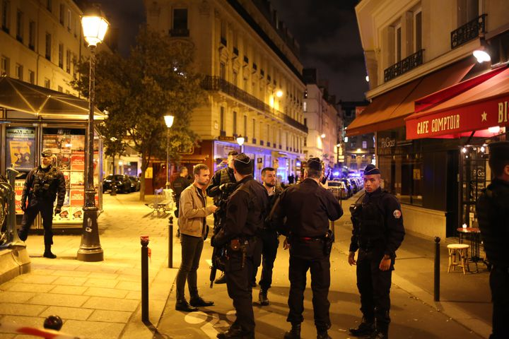 Dans la rue Monsigny, samedi 12 mai 2018. (NICOLAS JOUBERT / CROWDSPARK / AFP)