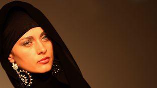 Un modèle à la Dubaï Fashion Week.  (Marwan Naamani / AFP)
