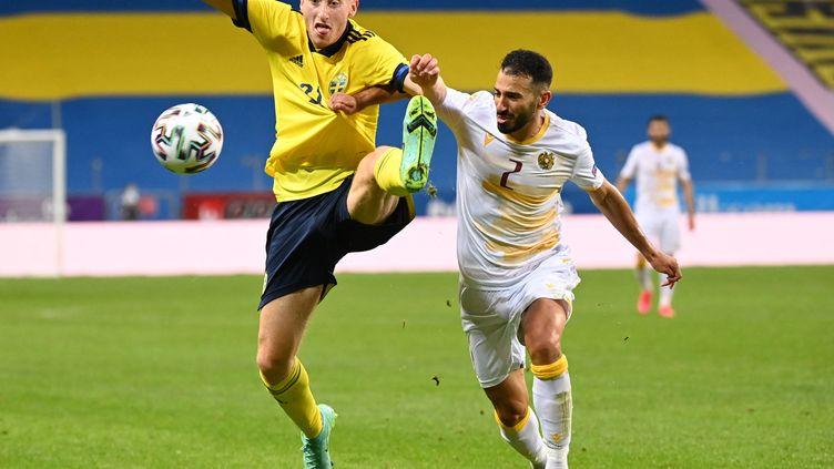 Dejan Kulusevski, défenseur central de la sélection suédoise, face à l'Arménie le 5 juin 2021. (JONATHAN NACKSTRAND / AFP)