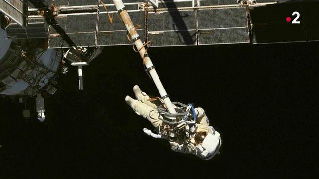 Photo Hebdo : Flotter dans l'espace, flotter dans une piscine