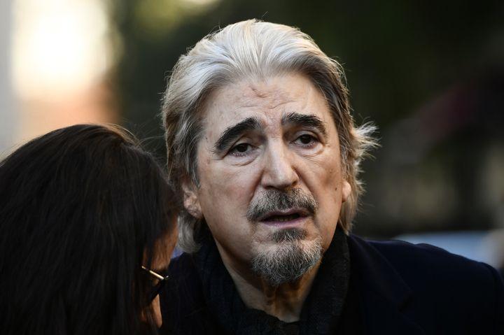 Serge Lama à la sortie de la cérémonie religieuse des obsèques de Charles Aznavour 6 octobre.  (Philippe LOPEZ / AFP)