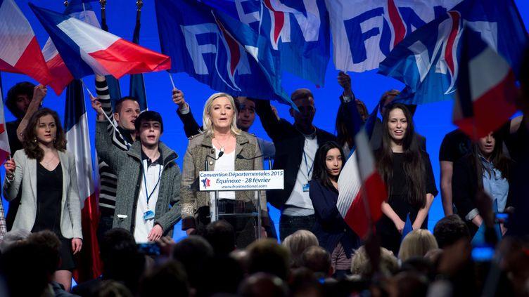 La présidente du Front national, Marine Le Pen, lors de la convention de son parti pour les élections départementales, le 28 février 2015 à Paris. (CHAMUSSY / SIPA)