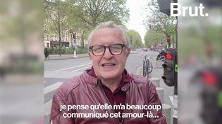 VIDÉO. Visite de Paris par Michel Field (BRUT)