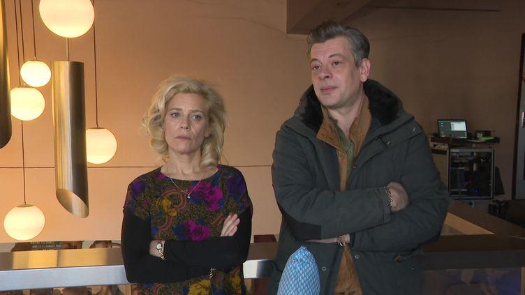 """Marina Foïs et Benjamin Biolay sur le tournage de """"Stella est amoureuse"""". (France 3 Aquitaine / B. Lasseguette)"""