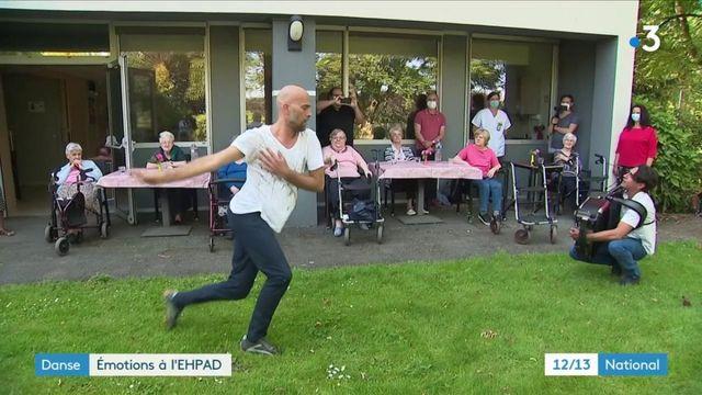 Nord : de la danse pour les pensionnaires d'un Ehpad