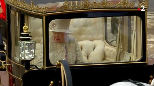 Grande-Bretagne : les 93 ans de la reine Elizabeth II célébrés en grande pompe