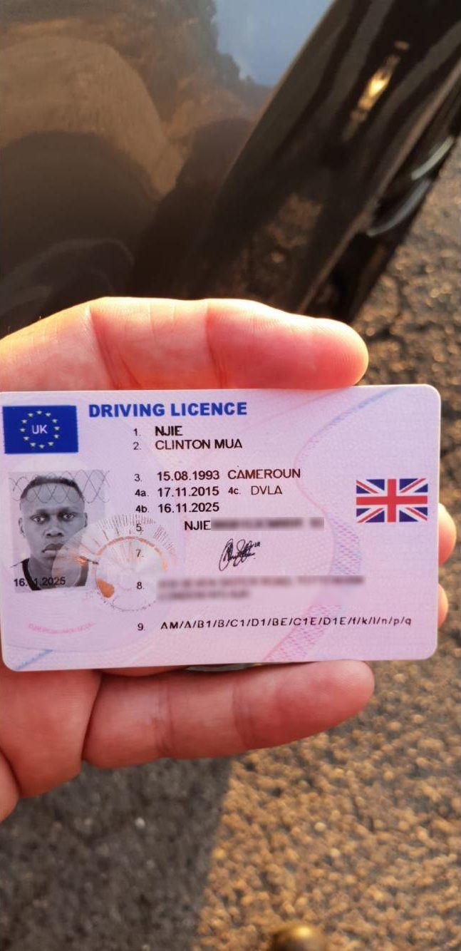 Le permis de conduire présenté par Clinton Njie durant son contrôle, le 22 juillet 2018. (FRANCE 3)