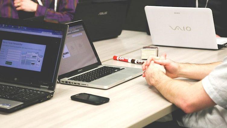 Ecrans : un atelier pour aider les salariés à déconnecter