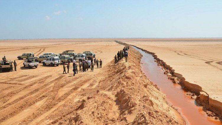 Renforcement de la sécurité à la frontière tunisienne. (AFP/Agence Anadolu/Tassim Nassri)