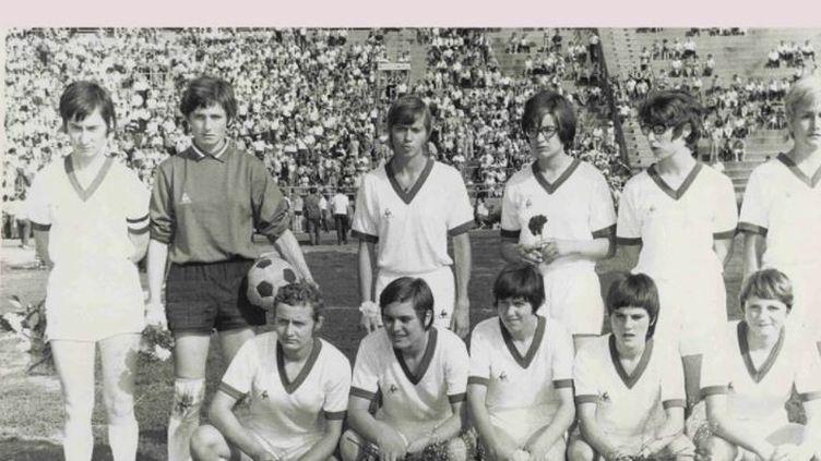 Football : les joueuses du stade de Reims, pionnières françaises du ballon rond (FRANCE 2)