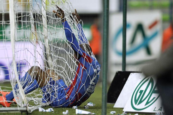 Encore une fois, la défense caennaise a craqué, ici contre Sochaux le 13 mai 2012. (CHARLY TRIBALLEAU / AFP)