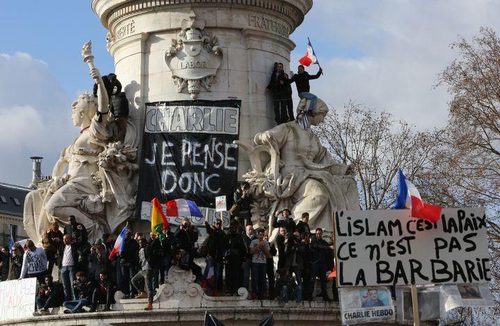 Place de la République, à Paris, dimanche 11 janvier. (LOIC VENANCE / AFP)