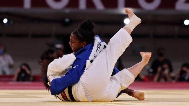 Revivez le combat de Sarah Léonie Cysique face à Tsukasa Yoshida en finale.