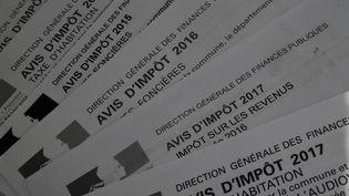 L'avis d'impôt de l'année 2017. (DAMIEN MEYER / AFP)